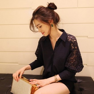 Reserved Lace Spliced Loose Shirt