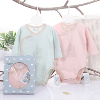 BABY GIFT BOX - BABY TRIANGLE JUMPSUIT